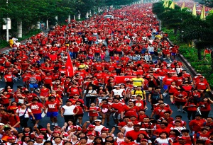 More than half-a-million runners join Red Cross run in Metro Manila.