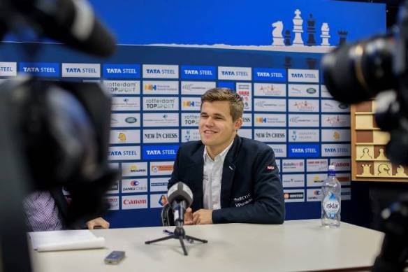 World champion Magnus Carlsen wins 2015 Tata Steel chess super-tournament