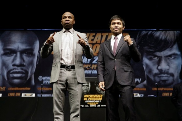 Floyd Mayweather Jr. (left) and Manny Paquiao (Photo by Inquirer Sports)